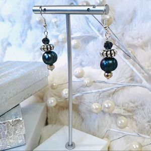 Frontrow.Style Jewelry - Handmade Sterling Earrings Baroque Grey Pearl